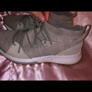 Adidas woman's gray tennis shoes size 7.5.